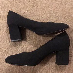 Squared toed black heels - Unlisted Brand